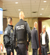 December 7, 2017, 8:44 p.m., Niagara Regional Police, the General Manager and the journalist – photo taken by a member of the public (para 105).